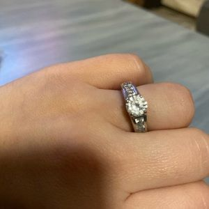 Cocktail ring size 6